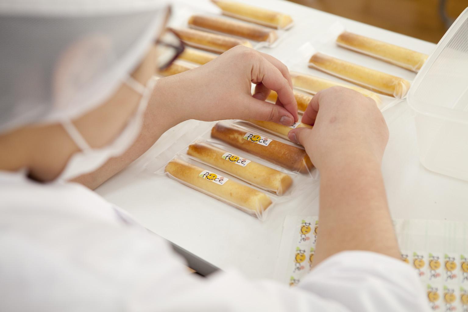 ぴいす,ぴいすティック,福祉作業所,野川さん,調布,焼き菓子